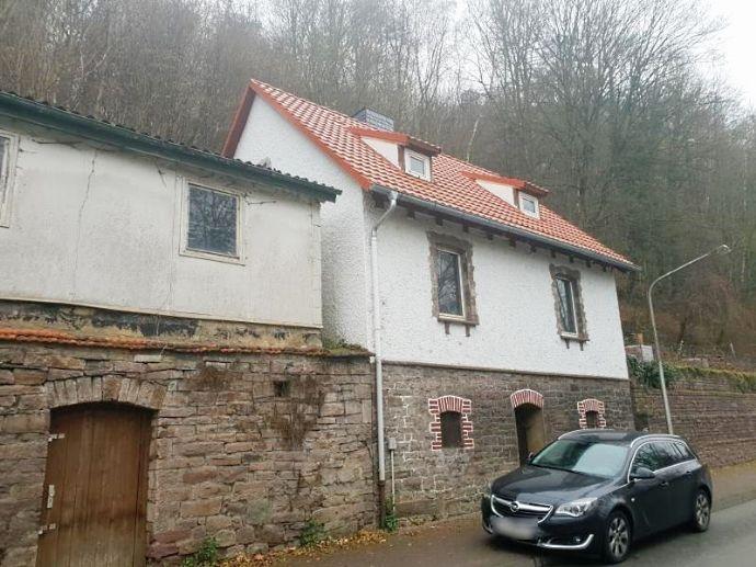 Sanierungsbedürftiges Einfamilienhaus in Bad Karlshafen