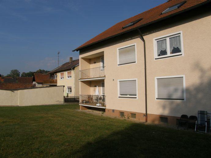 Vilseck 3 Zimmer EG-Wohnung Südbalkon