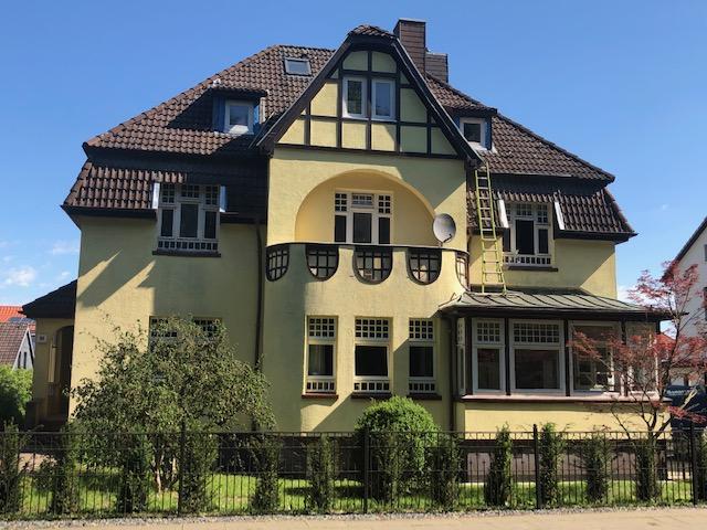 Historisches Jugendstilhaus von 1913 mit 3 Wohnungen - von Privat !
