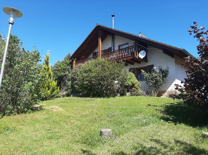 von privat- schönes Zwei- Familienhaus in Bodenseenähe auch als Ferienhaus/Kapitalanlage geeignet