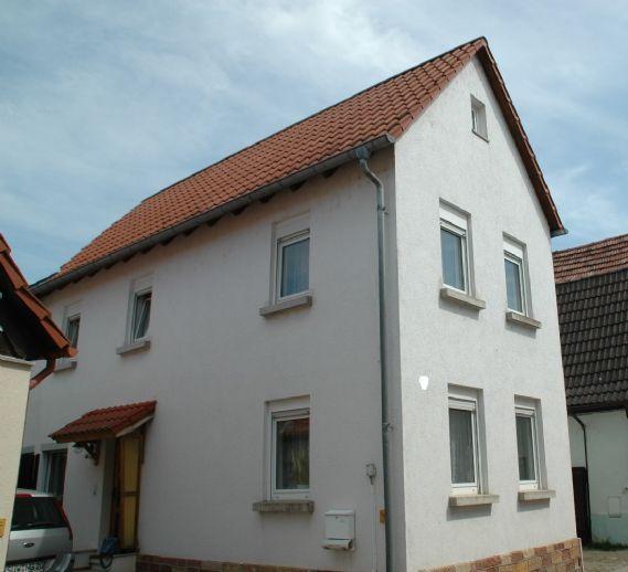 Renoviertes geräumiges Einfamilienhaus in Herxheim