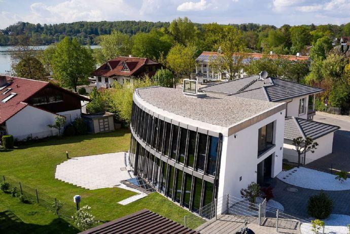 Außergewöhnliche High-Tech-Villa, 50 m Luftlinie vom Seeufer Wörthsee! IM BIETERVERFAHREN!