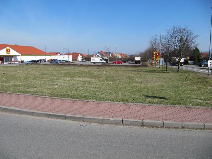 Baugrundstück für ein Wohn- und Geschäftshaus in Erfurt, OT Kerspleben