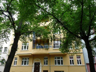 schöne Wohnung mit 3 Zimmern und 2 Balkonen in Reudnitz