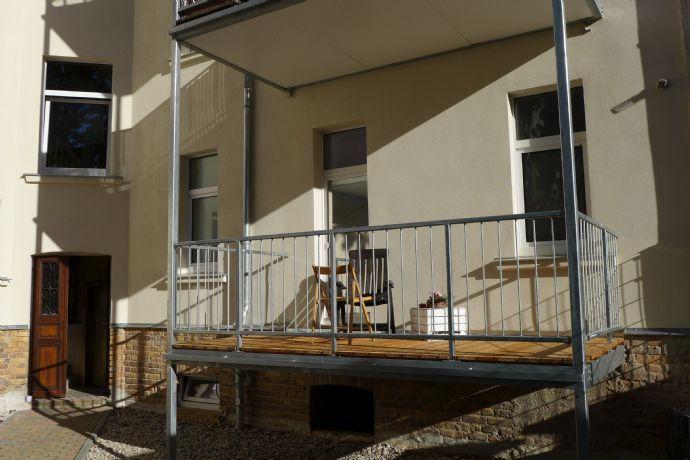 TerraSELECT: Leipzig-Stötteritz   schickes Apartment   34 m²   XL-Balkon   teilmöbliert   Pantry-Küc
