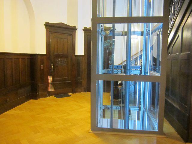 2-Zimmer-Altbau-Wohnung in Schwachhausen/Barkhof