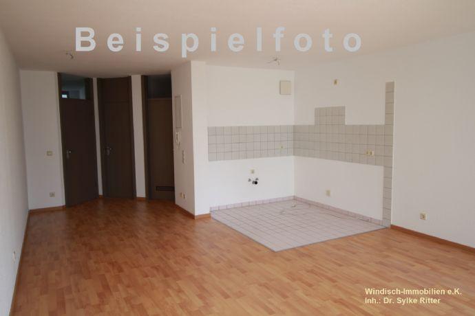 Schöne 2-Raum-Wohnung mit Balkon zu vermieten!