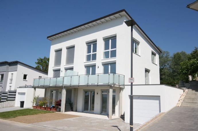 Doppelhaushälfte mit Fernblick in Rheinweiler