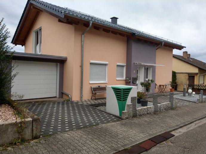 5267 *Energetisch saniertes 2-3 FH *164m² WF *Garage *großer Garten *ruhige Lage in Rodalben-Heide