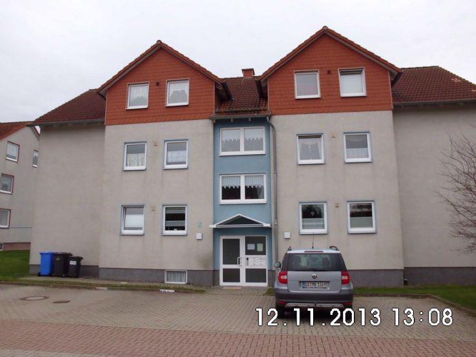 3 ZKB Erdgeschoßwohnung mit Terrasse und Gartennutzung