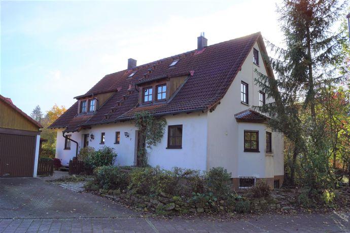 Provisionsfrei - energieeffiziente Doppelhaushälfte mit großem Garten in ausgezeichneter Lage in Herzogenaurach