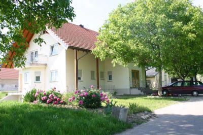 Weingut Leopold Schätzle - Ferien auf dem Winzerhof - Ferienwohnung 1 ****