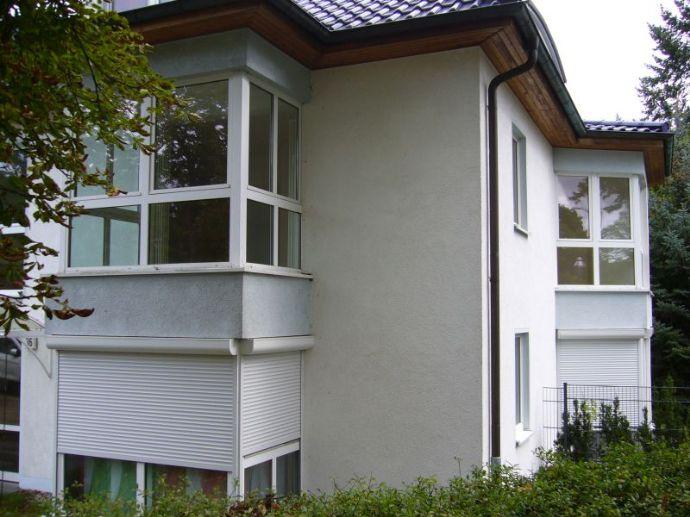 Zwei-Raum Eigentumswohnung am Wasser mit