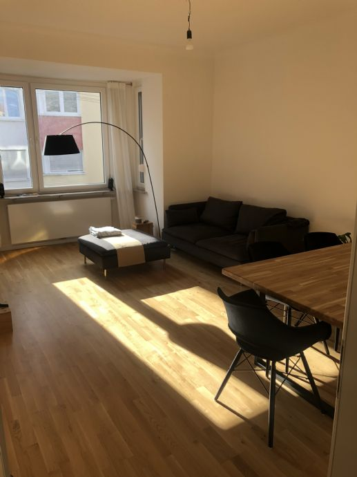 Modernisierte 3-Zimmer-Wohnung mit Balkon und EBK in Stuttgart-West