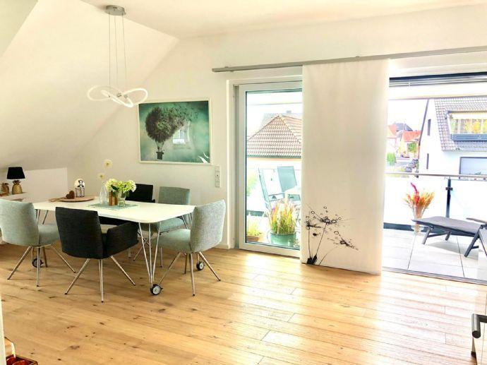 Möblierte Deluxe 3-Zimmer-Wohnung mit Balkon