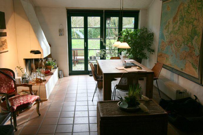 Originelle, gemütliche 1-Zi. Kamin-Maisonette Wohnung auf Gut Schlickum