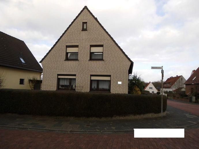 freistehendes Einfamilienhaus mit Einliegerwohnung in schöner und ruhiger Lage in Bremen-Nord/ Ortsteil Farge -!!! jetzt neuer Preis !!!-