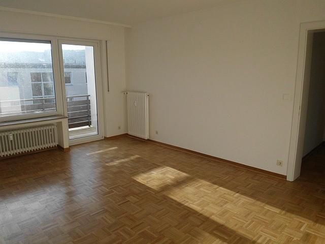 2 Zimmer Wohnung nähe Schillerstraße