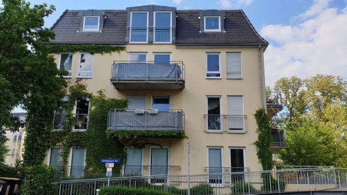 Einziehen und Wohlfühlen: gepflegte 2-Zimmer-Wohnung mit Balkon!