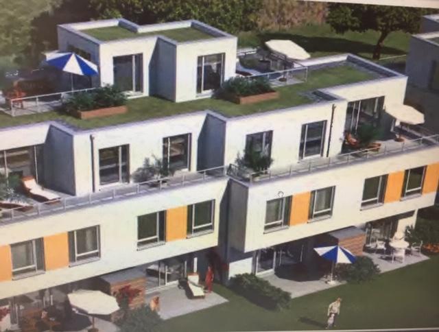 Helle 3,5-Zimmer-Penthouse-Wohnung mit Dachterrassen und Einbauküche in Poppenbüttel, Hamburg
