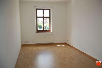 2-Raum Wohnung direkt im Stadtzentrum -- Einbauküche bei Bedarf möglich