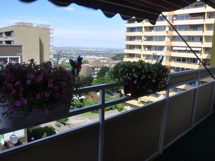 Whg. im 6. Stock mit Balkon