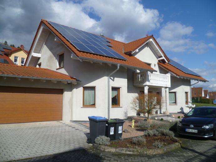 Niedrigenergiewerthaus! Modern! Großzügig! Top Zustand! 1 Familienhaus in toller Lage von Niederwürzbach !