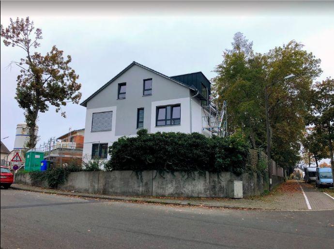 !!!NEUBAU Wohnung!!! - Schöne Möblierte 2-Zimmer Dachgeschoss Wohnung in Erlangen-Büchenbach Ohne Maklergebühr (Private Vermietung)
