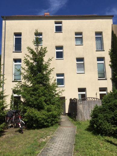 1 Zimmer-Wohnung mit Essküche und Terrasse