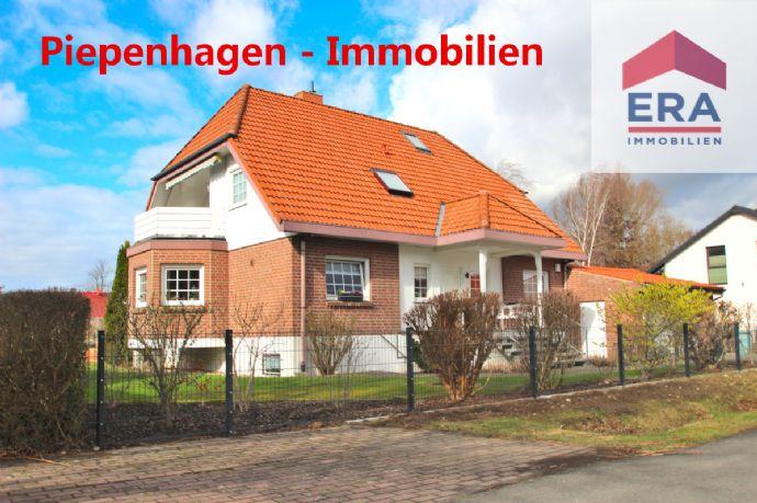 Käuferprovisionsfrei! ZFH mit Vollkeller, Doppelgarage und sonnigem Grundstück!