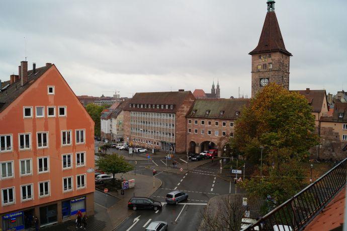Gut gelegene 2 ZW in Nürnberg Sebald, voll möbliert, inkl. WLAN