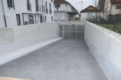 Neuburg Garage, Neuburg Stellplatz
