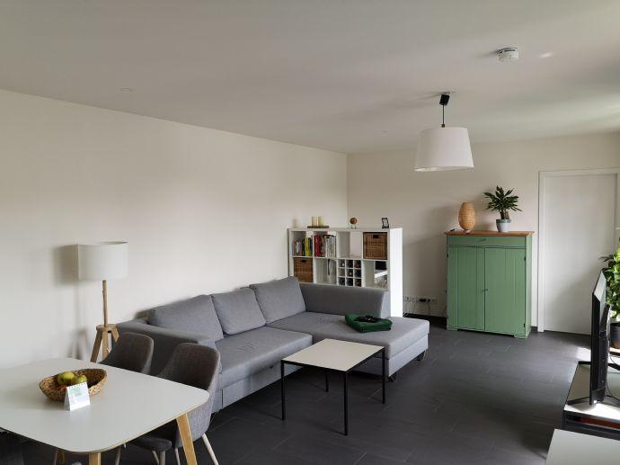 Helle und neuwertige 2 Zimmer-Wohnung in Unterschleißheim, Lohhof