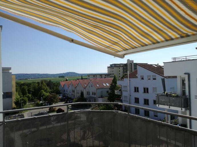 Schöne möbilierte Wohnung in Hirschlanden, ruhige Lage am Ortsrand