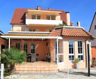 Gabys Ferienwohnungen - FeWo 1 (3 Zimmer - Südbalkon - 55 qm) - 300 m zum See