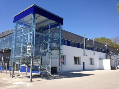 Neuburg Halle, Neuburg Hallenfläche