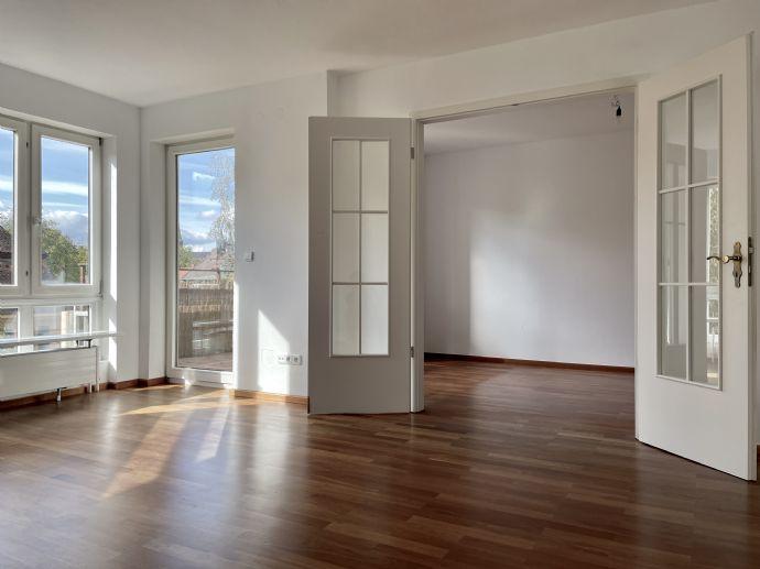 HAIN - Großzügige 5-Zi.-Maisonette-Wohnung - 3 Balkone - Garage