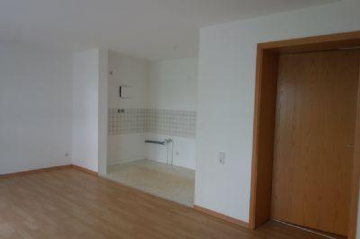 Wohnraum 3 mit offener küche Bild 1