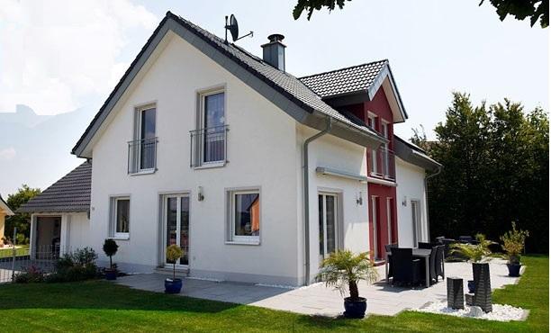 GROSSES GRUNDSTÜCK & KAPITÄNS - HAUS in idyllischer Wohnlage