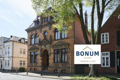 Individuelle 1.OG-Wohnung in einem herausragenden Baudenkmal der Bremer Jugendstil-Architektur in unverbaubarer Weserblicklage