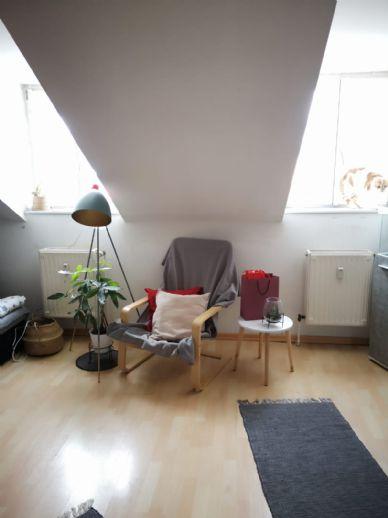 VERMIETET - 2-Zimmer Mansardenwohnung in der Luitpoldstraße