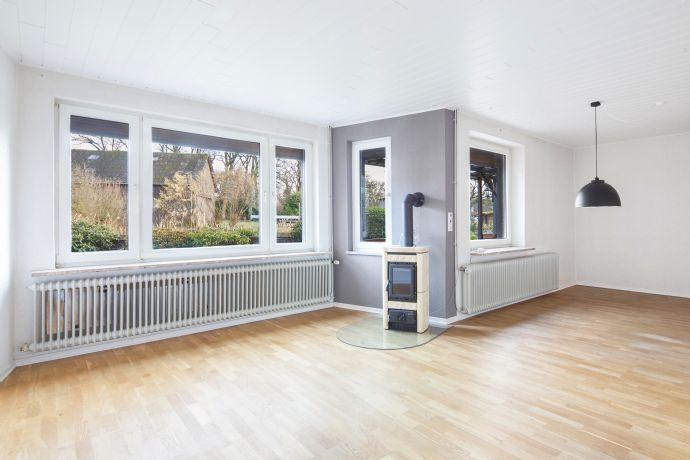 Schone Helle 3 Zimmer Wohnung Mit Kamin Und Uberdachter Terrasse In
