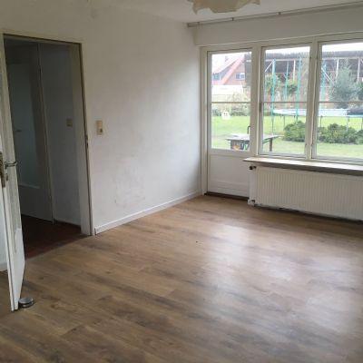 sch ne 3 zimmer wohnung in delmenhorst deichhausen etagenwohnung delmenhorst 2d64x4c. Black Bedroom Furniture Sets. Home Design Ideas