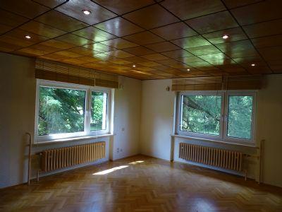 Schlafzimmer mit Echtholzeichenparkett