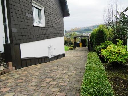 sonnige, ruhige 2,5 Zimmer ELW in bevorzugter Lage mit eigener Terrasse