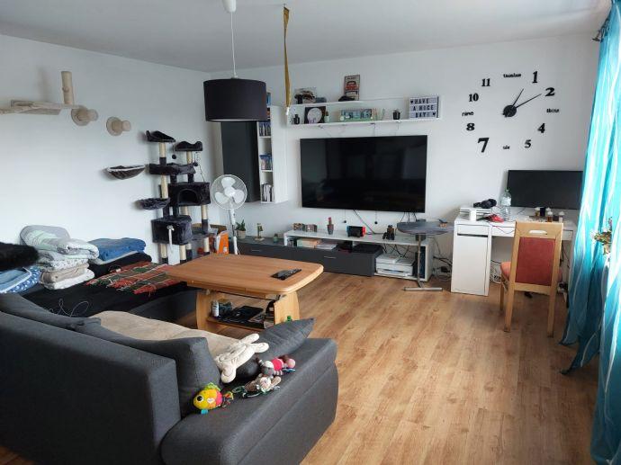 2 5-Zimmer-Wohnung im 4 Obergeschoss