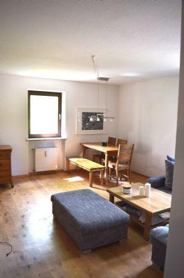2 Zimmer EBK Erdgeschoßwohnung mit Tiefgaragenstellplatz