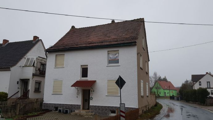 Schönes renoviertes Haus mit 8 Zimmern in Neustädt, Gerstungen