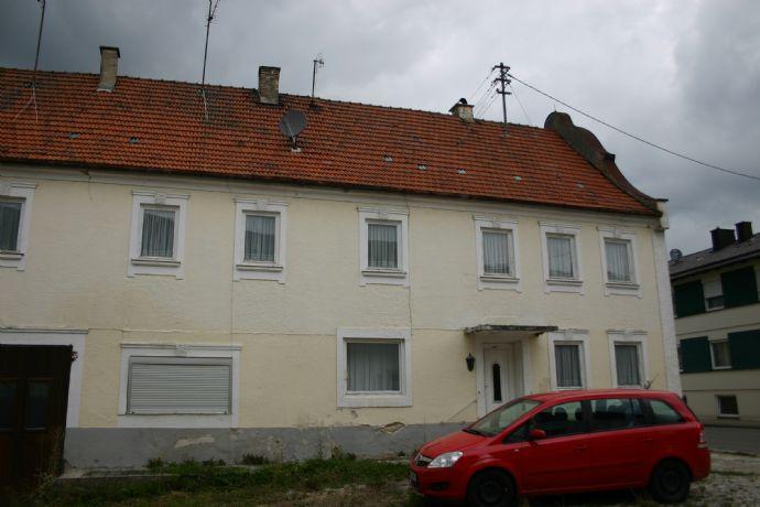 Neubau und Renovierung von 3 Wohneinheiten mitten in Wolnzach