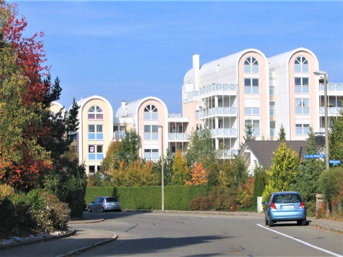 NEU Hammerhalde 2,5 Zi. Wohnung mit Aufzug und Tiefgaragenstellplatz